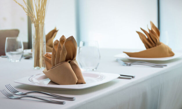 Minden ünnepnek fontos kelléke lehet az alkalomhoz illő asztalterítő