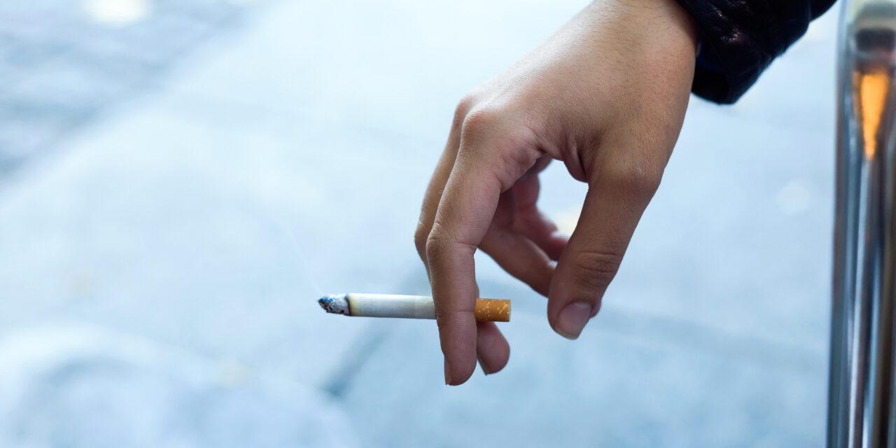 Kiderült, van-e összefüggés a súlyos koronavírus fertőzés és a dohányzás között – Megdöbbentő tanulmány látott napvilágot